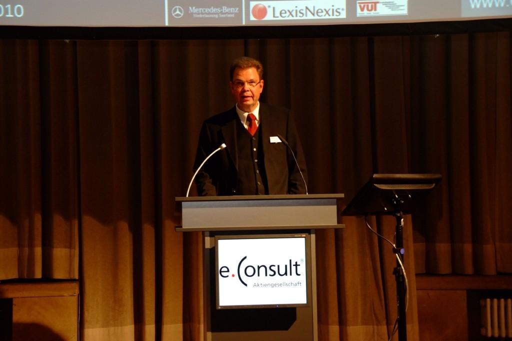 Rechtsanwalt und Notar Jörg Elsner, Vorsitzender der Arbeitsgemeinschaft Verkehrsrecht